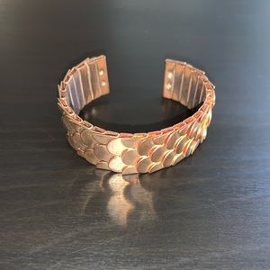 Gold Fish 🐠 Scale Bracelet